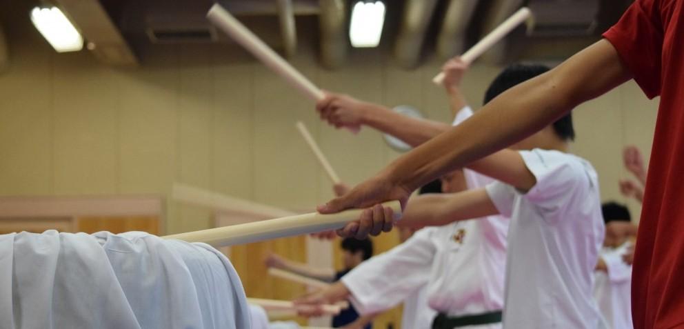 芦原空手道部が和太鼓の活動をスタートしました。